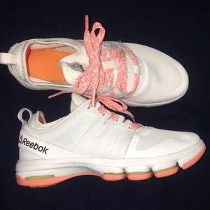 Women's size 7 Reebok sneakers